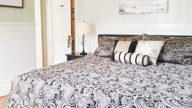 Howard Suite Remodeled with King Bed