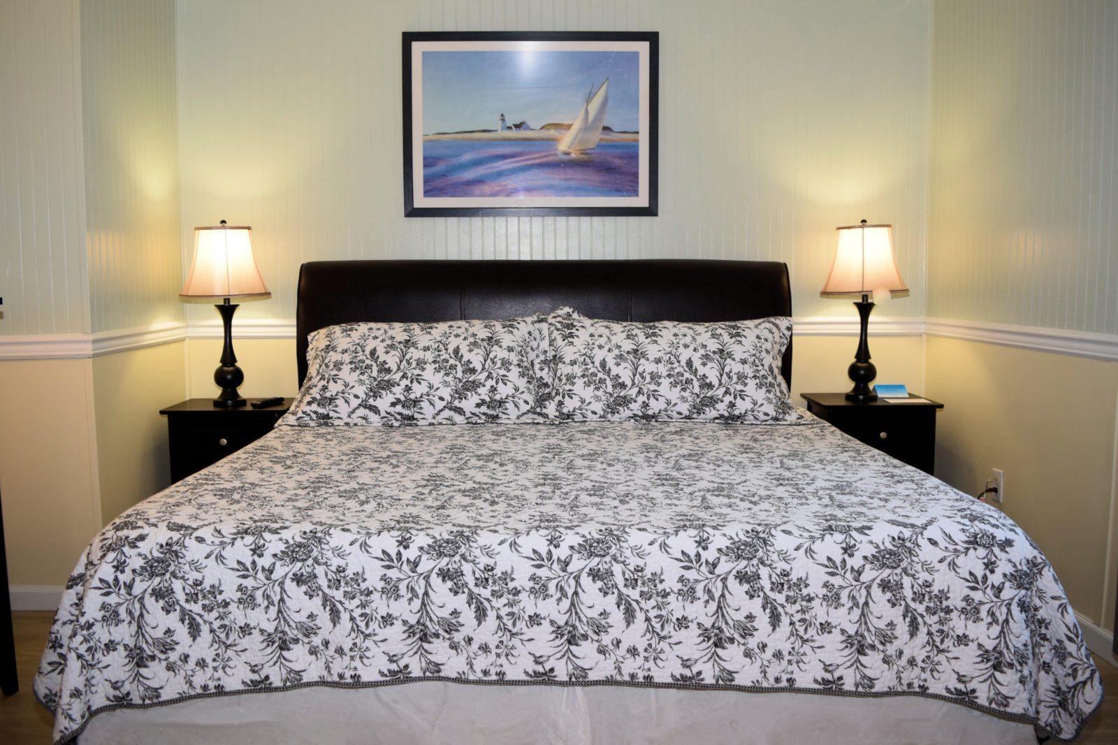 Room 33 Ocracoke Island Hotel