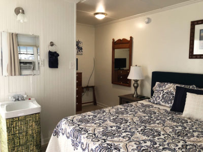 Blackbeard's Lodge Ocracoke Apt. H